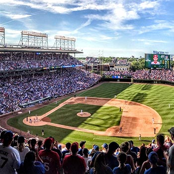 Best Hotel to Watch The Chicago Cubs